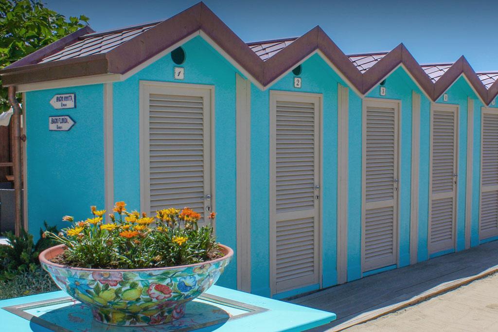 bagno florida beach viareggio spiaggia cabine private doccia calda