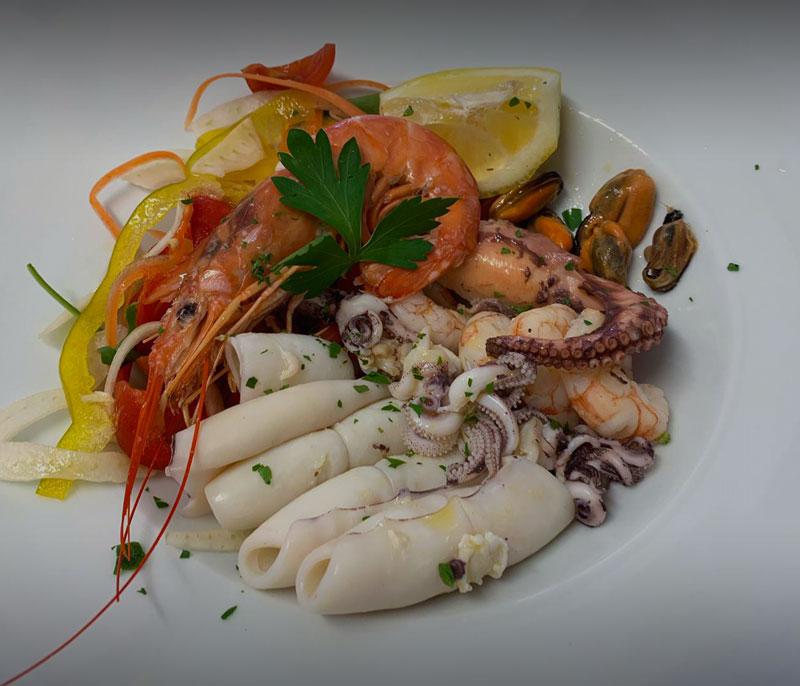 ristorante bagno florida beach viareggio in spiaggia pranzo cena a base di pesce gamberi totani seppie versilia